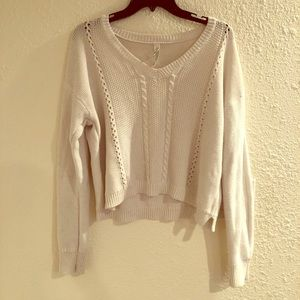 [Aeropostale] Cropped All White Sweater